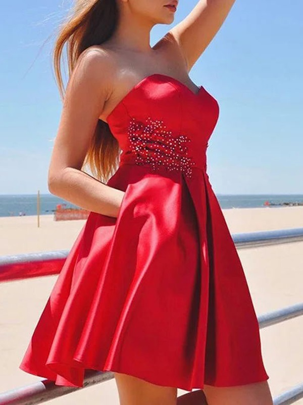 A-Line Beading Sweetheart Short Homecoming Dress 2019