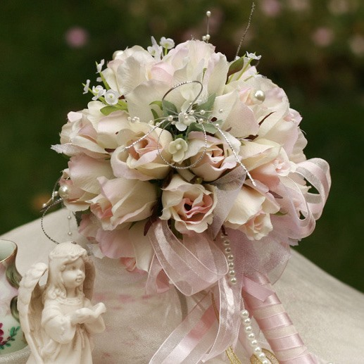 Elegant Small Light Rose Silk Cloth Wedding Birdal Bouquet