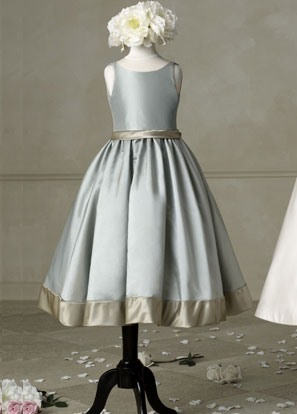 Enchanting Scoop Tea-length Sleeveless Flower Girl Dress