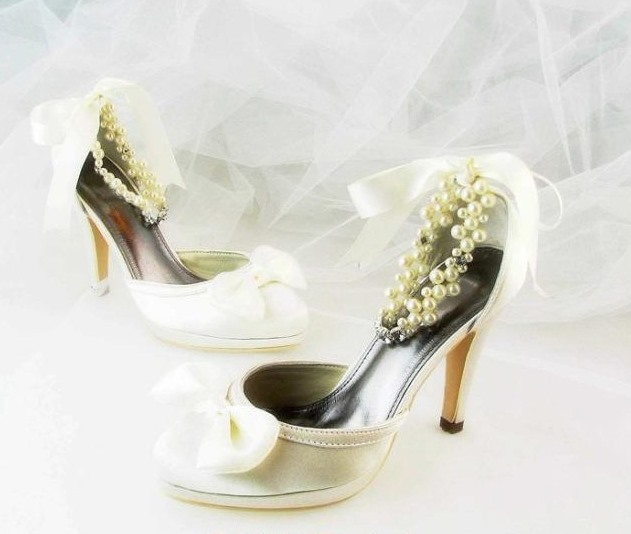 Satin Upper High Heel Pumps Closed-toes With Rhinestone Wedding Bridal Shoes