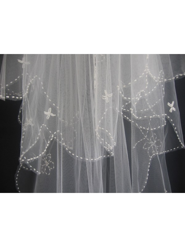 Elbow Style Wedding Veils With Applique Edge
