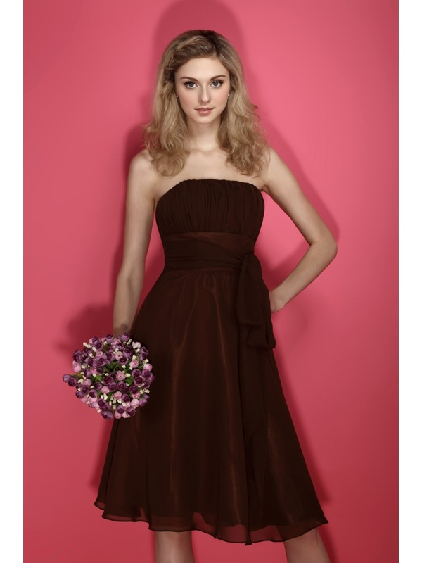 Amazing Chiffion A-line Sashes/Ribbons Strapless Knee-Length Dasha's Bridesmaid Dress