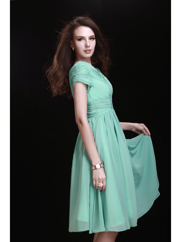 Pretty A-Line V-Neck Short Sleeve Knee-length Bridesmaid Dress