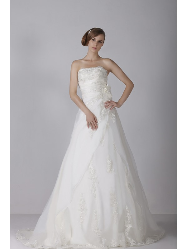 Chic A-Line Strapless Floor-length Sleeveless Appliques Chapel Alicja's Wedding Dress