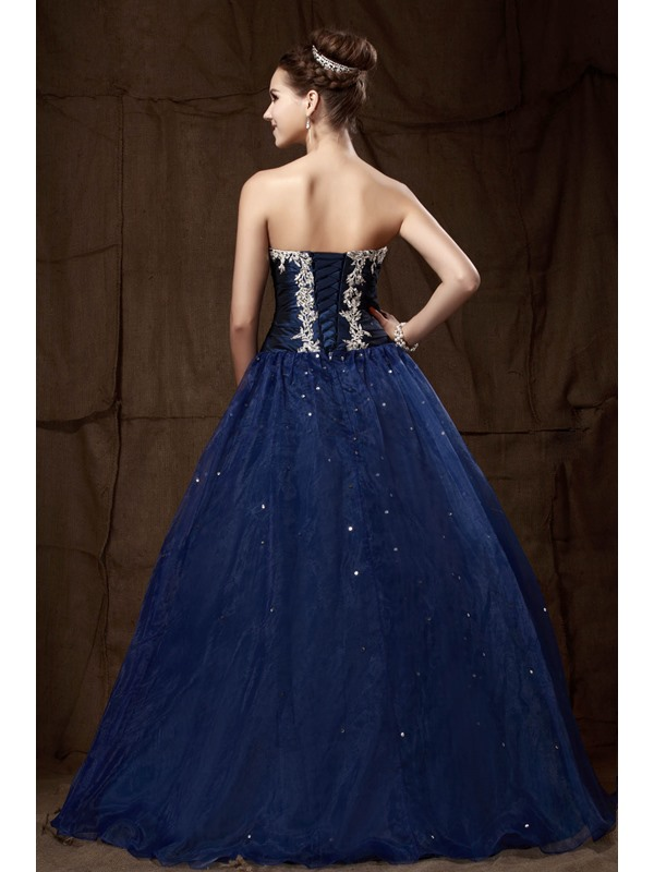 Sweetheart Appliques Sequins A-Line Quinceanera Dress