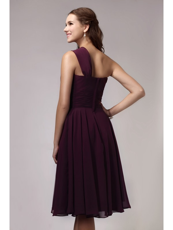 Pretty One-Shoulder Knee-Length Flower Sandra's Bridesmaid Dress