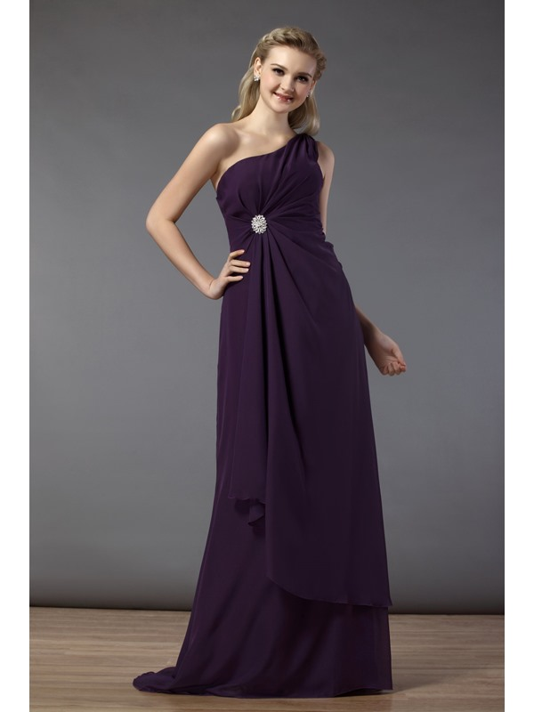 Elegant Draped Sheath/Column Strapless Bowknot Floor-length Bridesmaid Dress