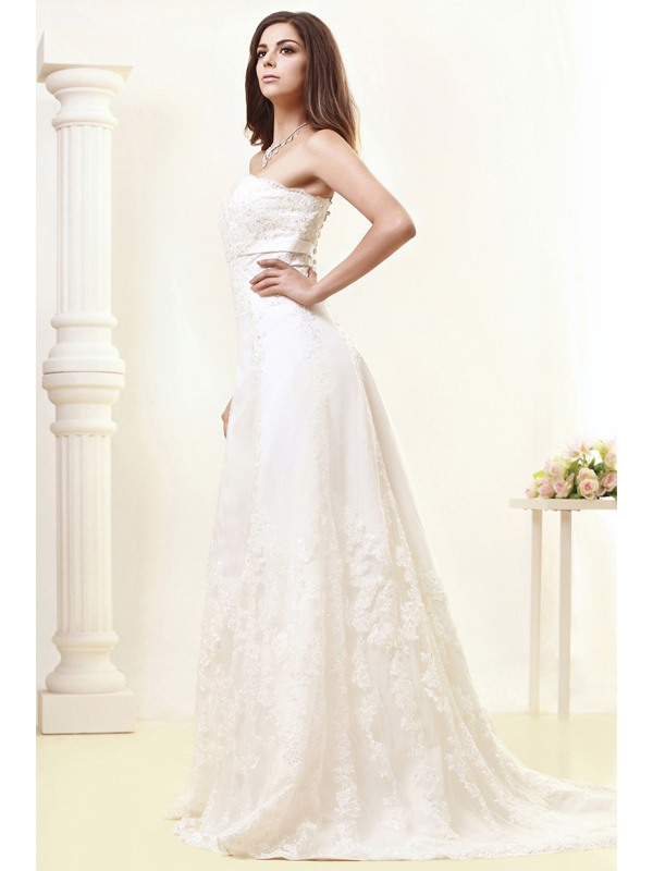 Gorgeous Lace A-line Sweetheart Court Train Taline's Wedding Dress